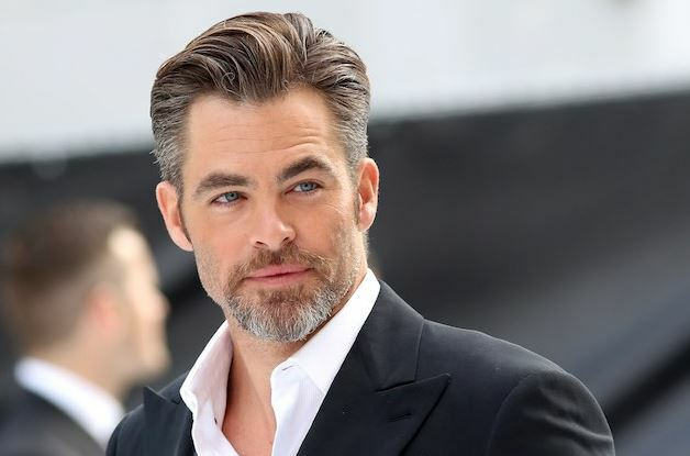 chris pine his religion hobbies and political views celeb