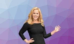Amy Schumer religion political views beliefs hobbies dating secrets